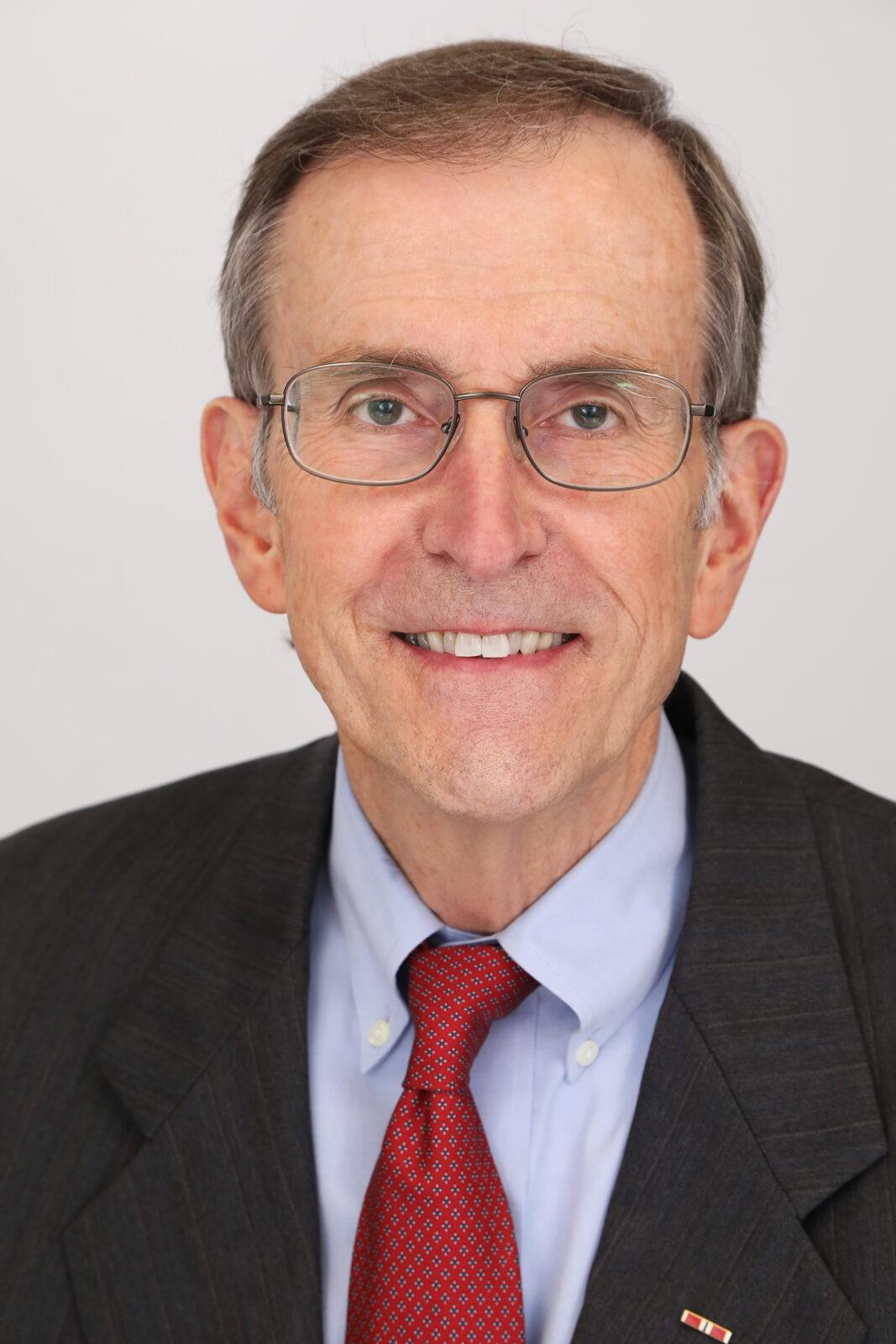 T. Wayne Gray, Senior Counsel