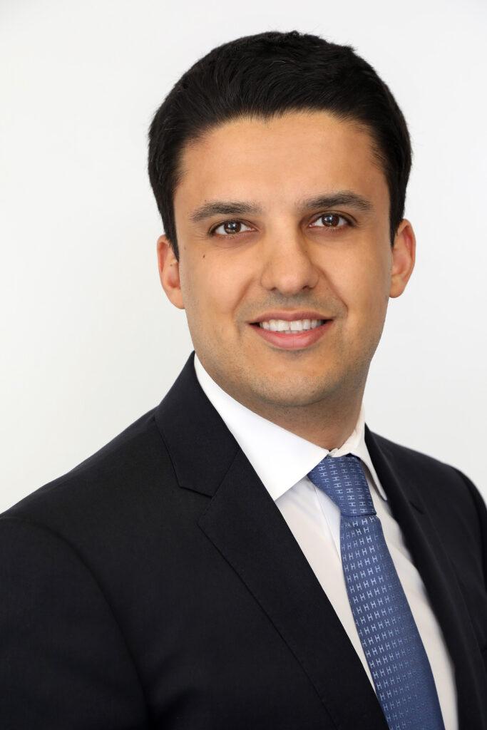 Farhad Alavi, Managing Partner